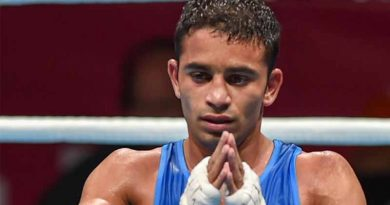 Amith Panghal after winning the Silver Medal in World Championship
