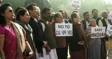 Congress agitates