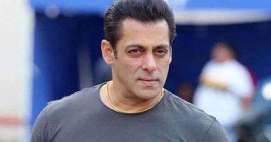 Salman Khan donates