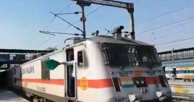 నేడు సికింద్రాబాద్ రైల్వే స్టేషన్కు తొలి రైలు
