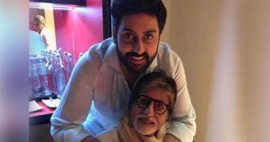 Amitabh Bachchan- Abhishek-