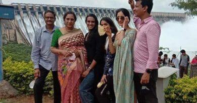 PV Sindhu Family at Sagar