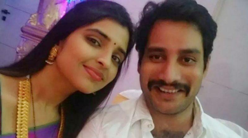 Anchor Shyamala with husband Narasimhareddy