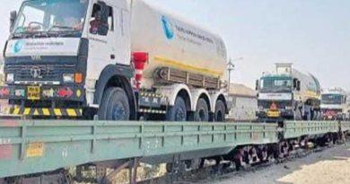 Oxygen tankers reach Guntur